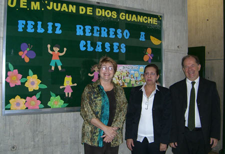 Juan de Dios Guamche School. Chacao, Venezuela. Ana Tettner, Juan de Dios School Principal, and Professor Klein, Director of Education.  Professor Klein made it possible for Ms. Tettner to present at all of the Chacao area schools. September 2006.